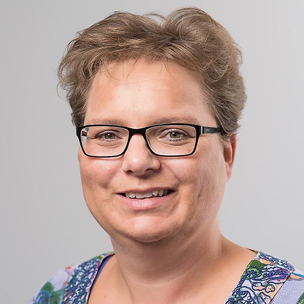 portret Janneke Waage