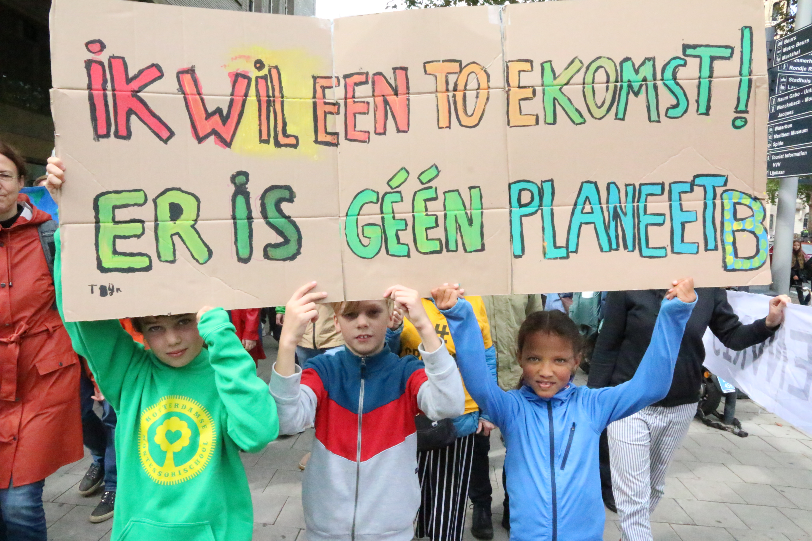 Dutch children demonstrate against climate change